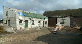 Zerwany dach w Popowicach