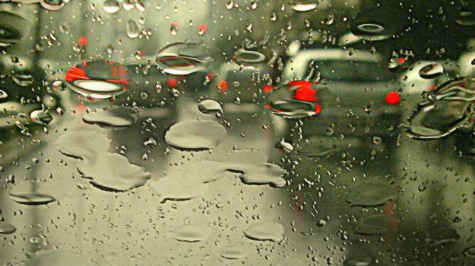 Spadnie do 30 l/mkw. deszczu. Zachowajcie ostrożność