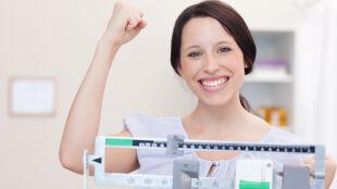 Jak schudnąć bez głodzenia się i trenowania całymi dniami?