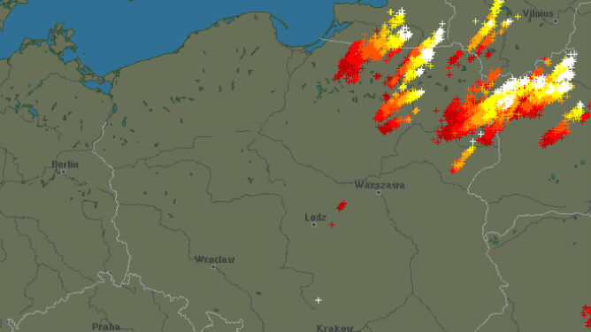Burze powoli opuszczają Polskę. Sprawdź, gdzie zagrzmiało